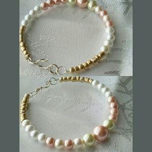 (2) Pearly Bracelets ❤❤